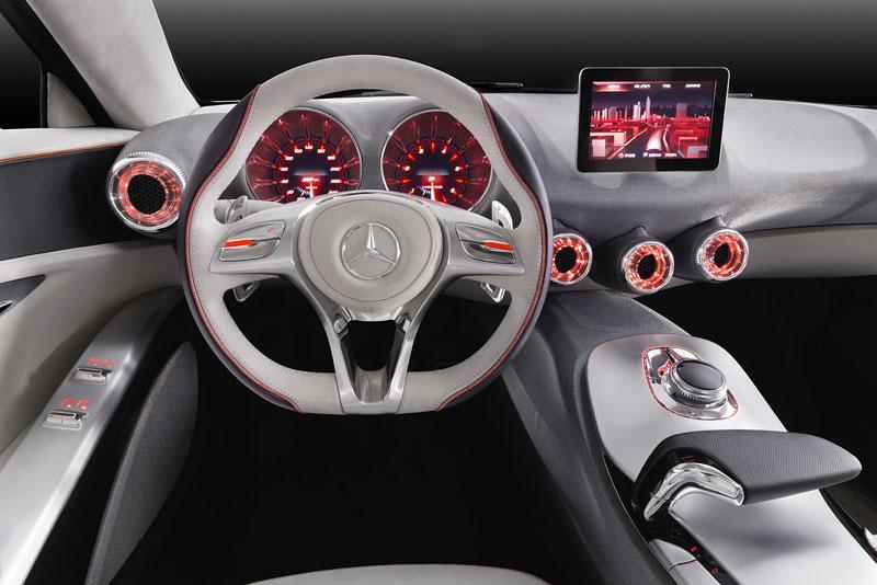 Mercedes-Benz Concept A Class v pohybu: tři oficiální videa: - fotka 2
