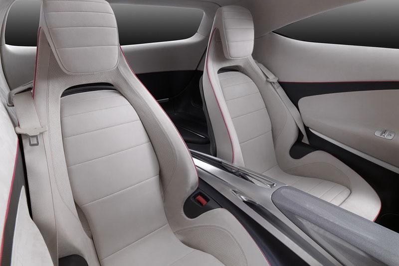 Mercedes-Benz Concept A Class v pohybu: tři oficiální videa: - fotka 6