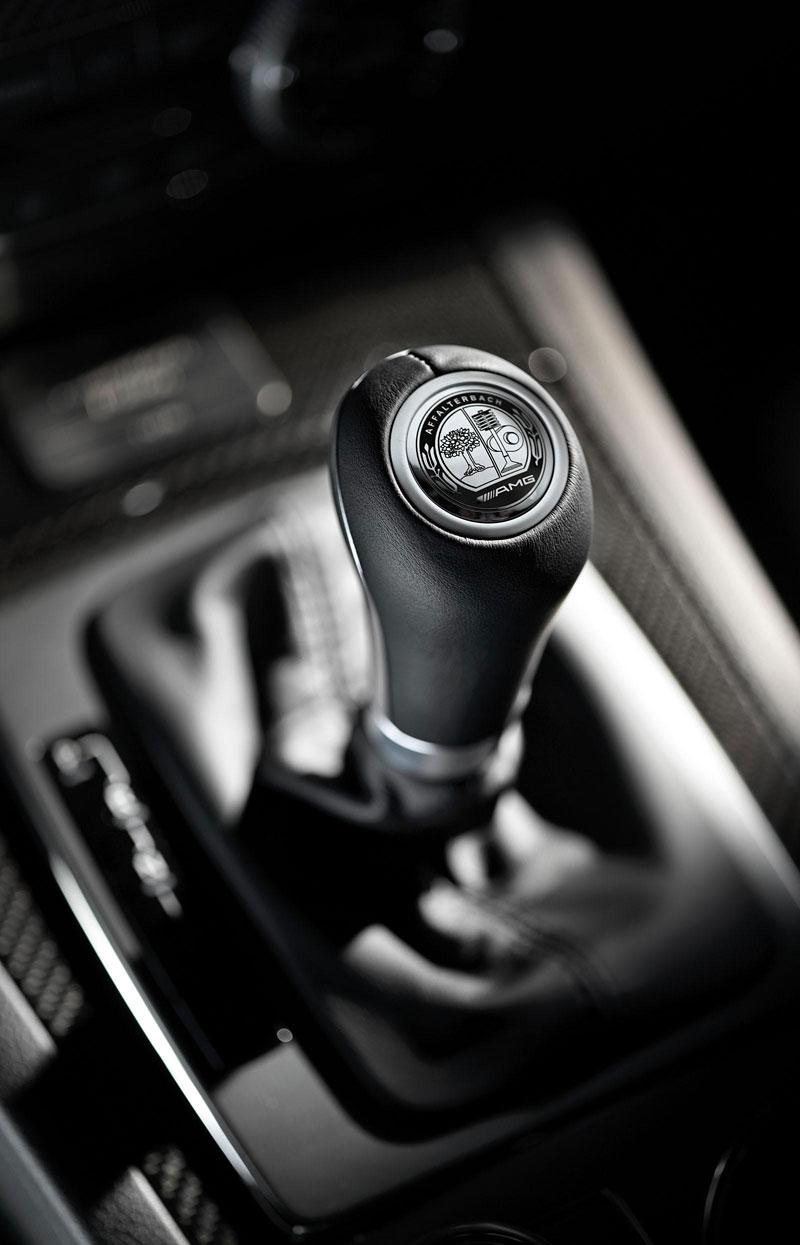 Mercedes-Benz C63 AMG Affalterbach: speciál pro Javorové listy: - fotka 1
