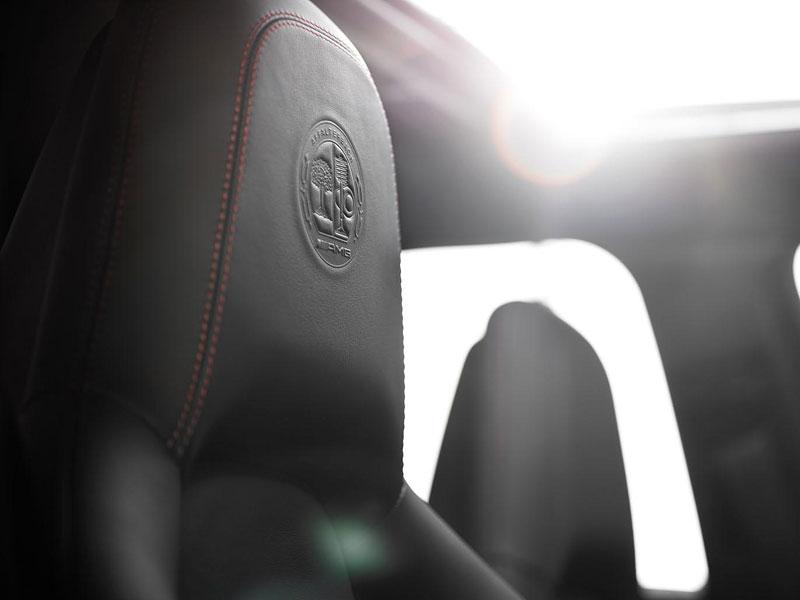 Mercedes-Benz C63 AMG Affalterbach: speciál pro Javorové listy: - fotka 2