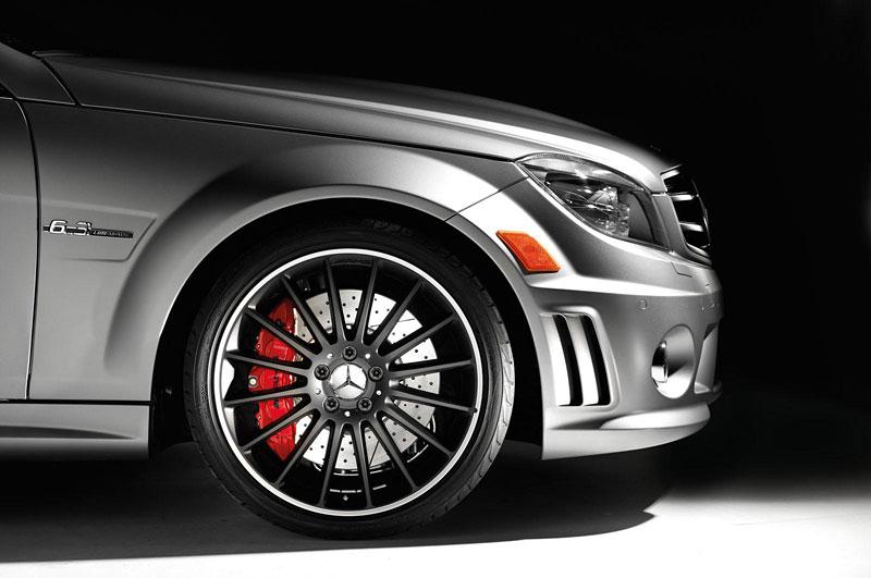 Mercedes-Benz C63 AMG Affalterbach: speciál pro Javorové listy: - fotka 6