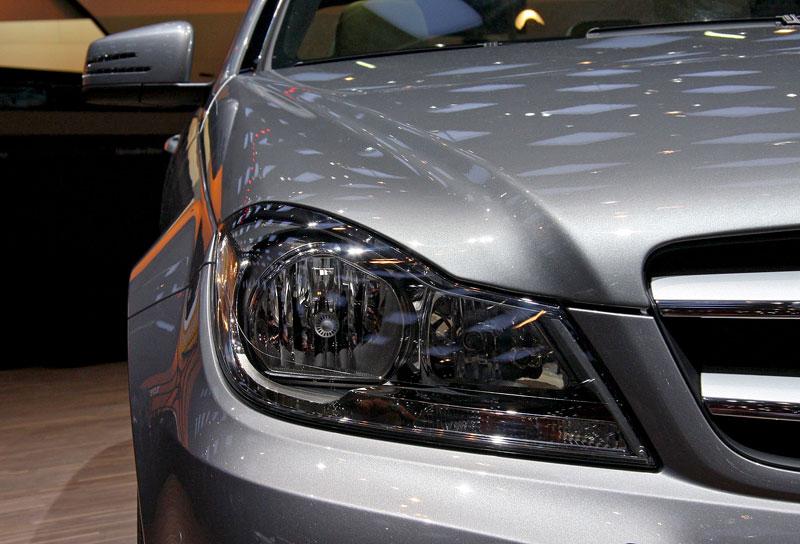 Ženeva 2011 živě: sportovní Mercedesy: - fotka 24