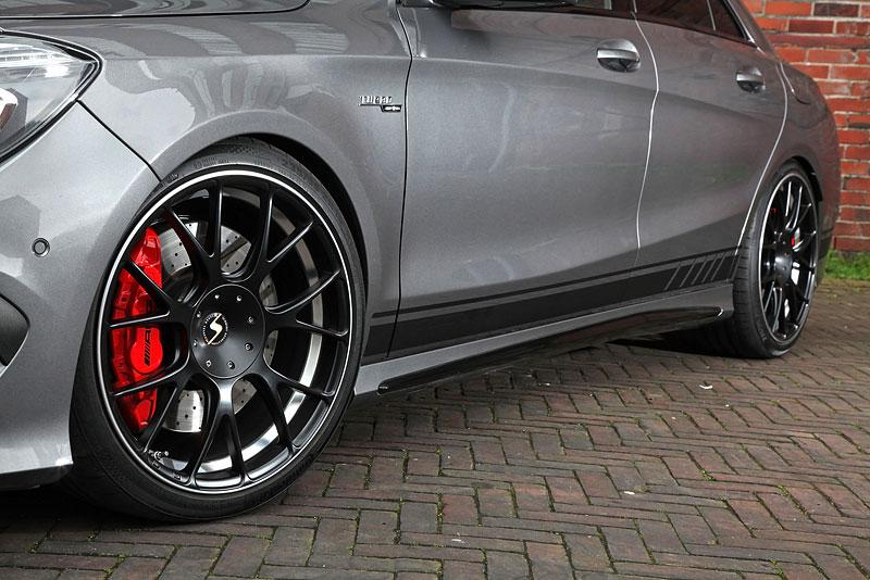 Mercedes-AMG CLA 45 4Matic po lehkém přiostření: - fotka 16