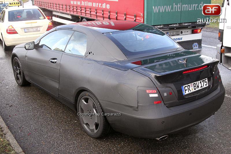 Spy Photos: Mercedes-Benz CLK Cabrio: - fotka 3