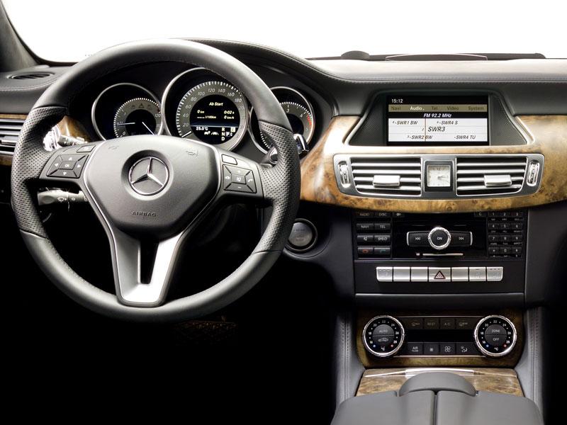 Mercedes-Benz CLS: Nové informace o motorech a fotogalerie: - fotka 1