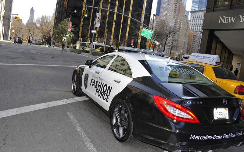 Mercedes-Benz CLS 63 AMG Fashion Force: ve službách módní policie: - fotka 10