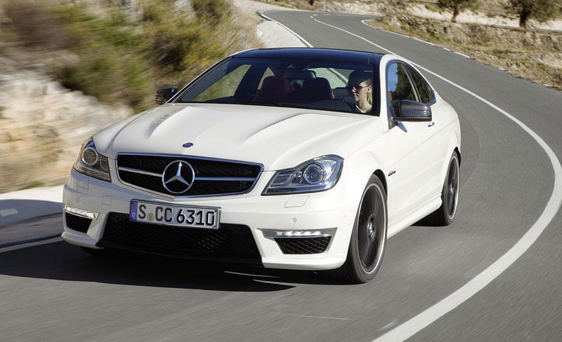 Mercedes-Benz C63 AMG Coupe: nejmenší sporťák se představuje: - fotka 12