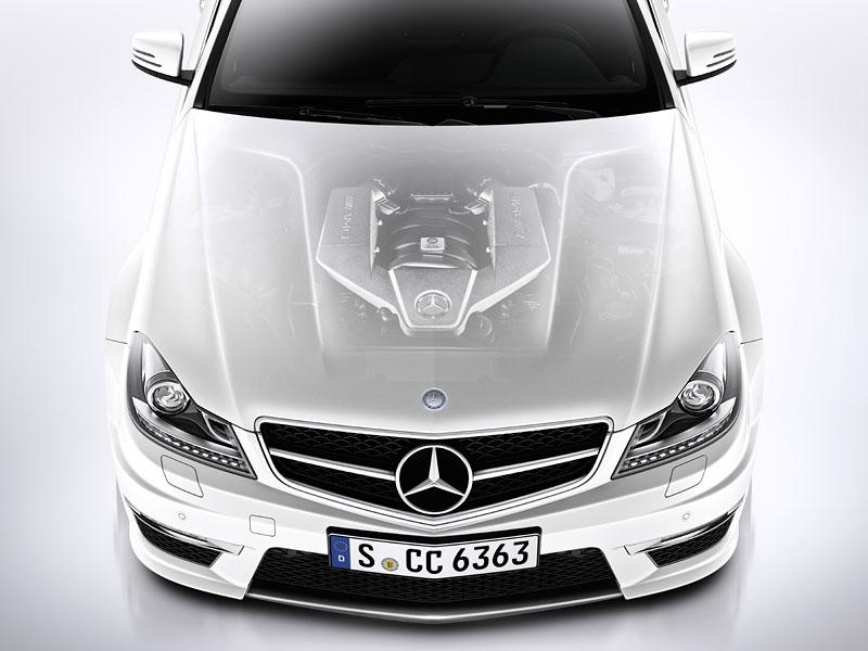 Mercedes-Benz C63 AMG Coupe: nejmenší sporťák se představuje: - fotka 33