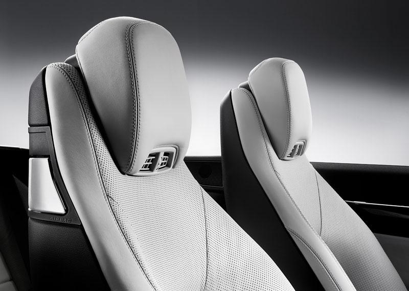 Ženeva 2010 živě: Mercedes-Benz E Cabriolet: - fotka 23
