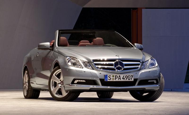 Ženeva 2010 živě: Mercedes-Benz E Cabriolet: - fotka 25