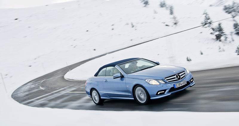 Ženeva 2010 živě: Mercedes-Benz E Cabriolet: - fotka 41