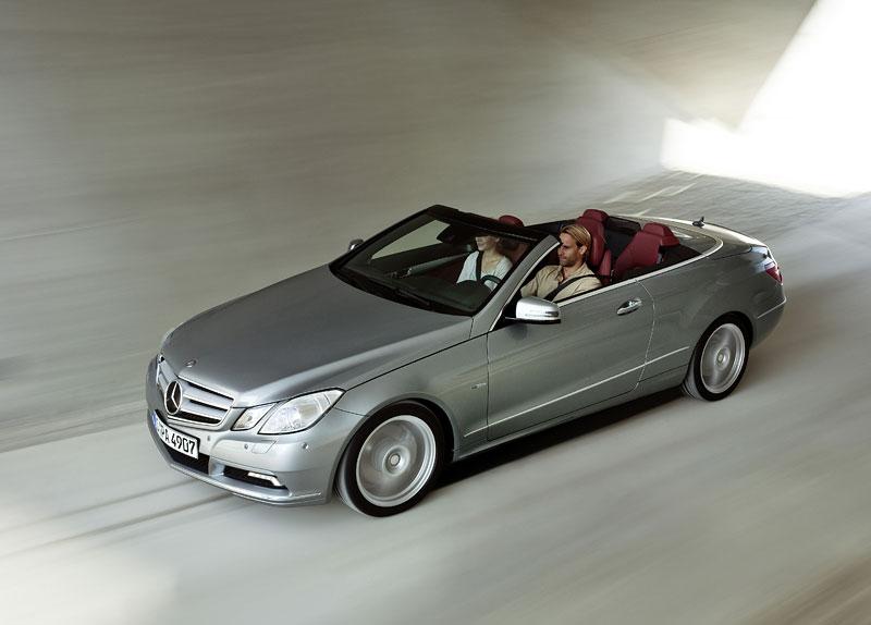 Ženeva 2010 živě: Mercedes-Benz E Cabriolet: - fotka 44