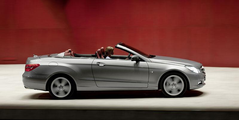Ženeva 2010 živě: Mercedes-Benz E Cabriolet: - fotka 54