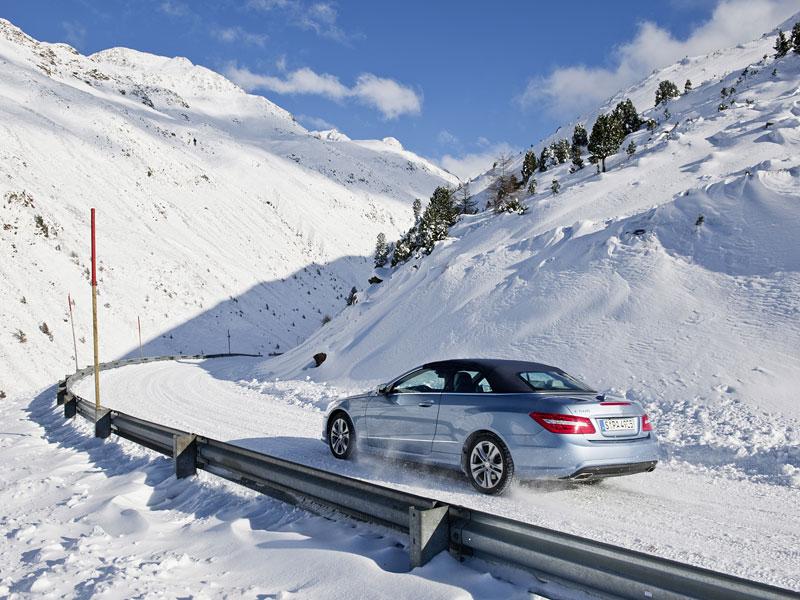 Ženeva 2010 živě: Mercedes-Benz E Cabriolet: - fotka 66