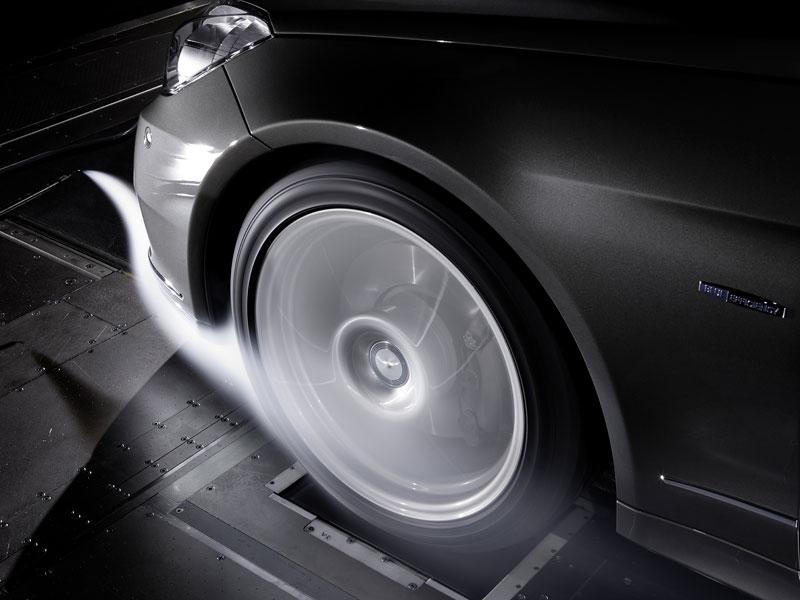 Ženeva 2010 živě: Mercedes-Benz E Cabriolet: - fotka 90