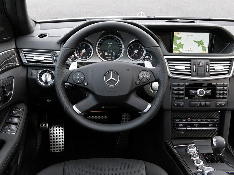 Frankfurt 2009: Mercedes-Benz E 63 AMG Kombi: - fotka 1