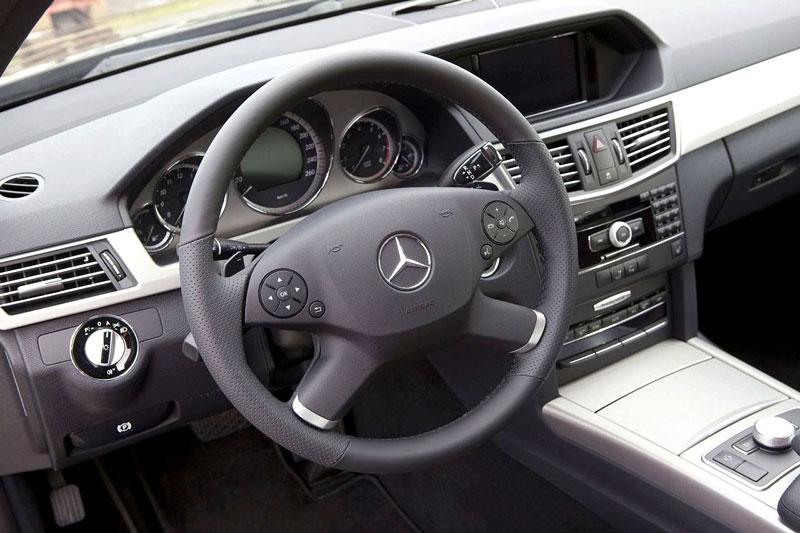 Mercedes-Benz třídy E: elegance a sport by Kicherer: - fotka 1