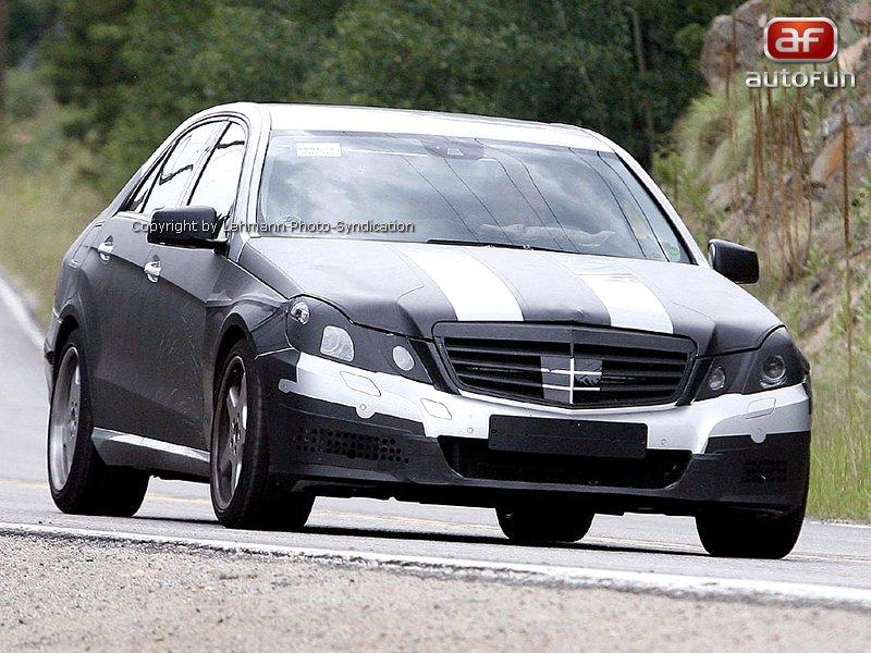 Spy Photos: Mercedes E63 AMG: - fotka 2