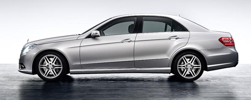 Mercedes-Benz třídy E: nový AMG paket pro novou generaci: - fotka 5