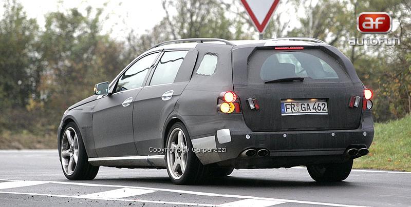 Spy Photos: Mercedes-Benz E63 AMG Combi: - fotka 7