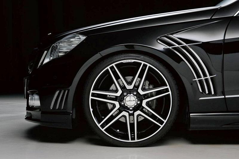 Mercedes-Benz třídy E Black Bison: W211 i W212 od Wald International: - fotka 13