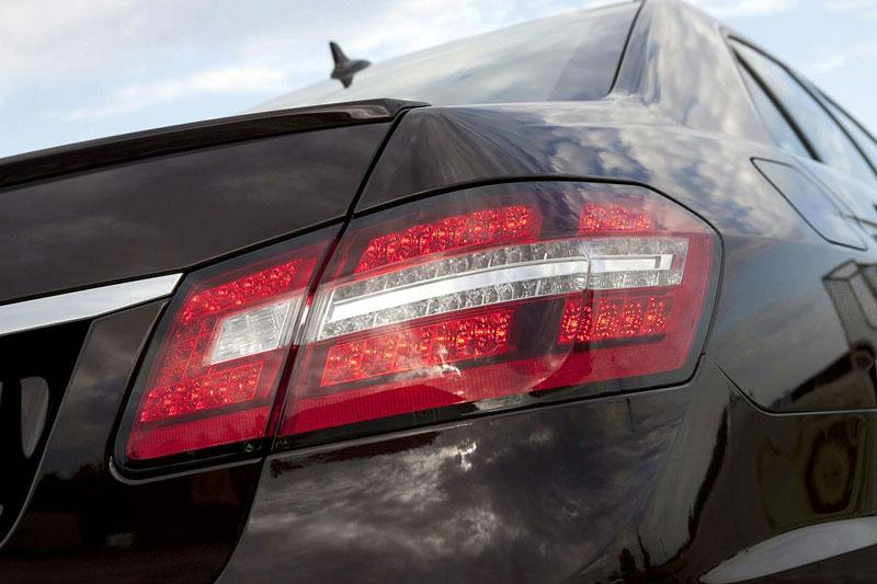 Mercedes-Benz třídy E: elegance a sport by Kicherer: - fotka 16