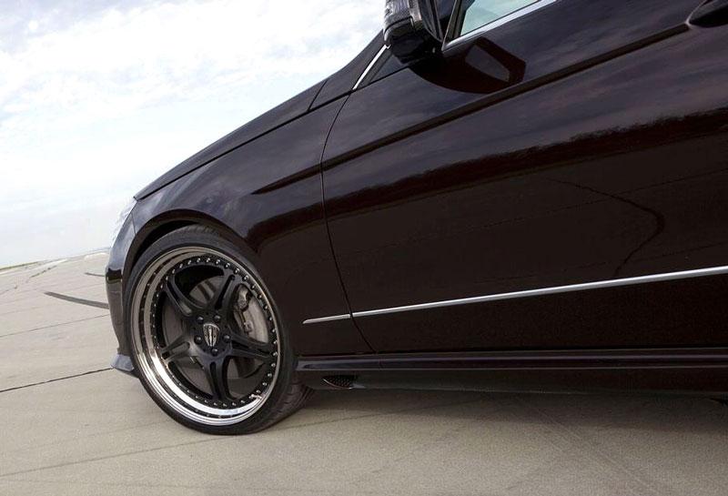 Mercedes-Benz třídy E: elegance a sport by Kicherer: - fotka 17