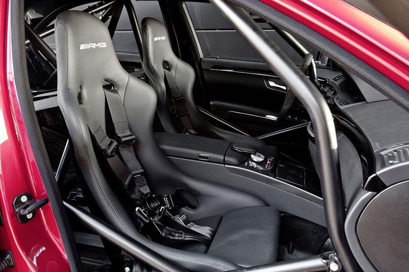 AMG má nový motor V8 5.5 Biturbo: - fotka 2