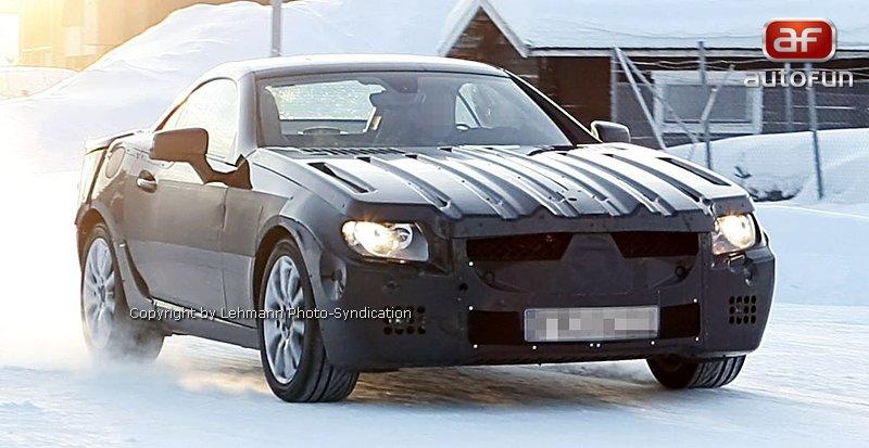 Spy Photos: Mercedes-Benz SLK 35 AMG (63 AMG?): - fotka 11