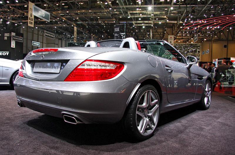 Ženeva 2011 živě: sportovní Mercedesy: - fotka 50