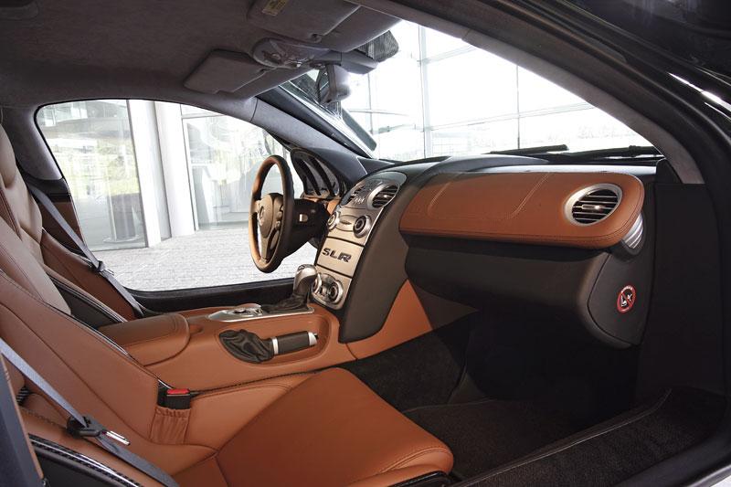 Mercedes a McLaren - každý na vlastním písečku: - fotka 5