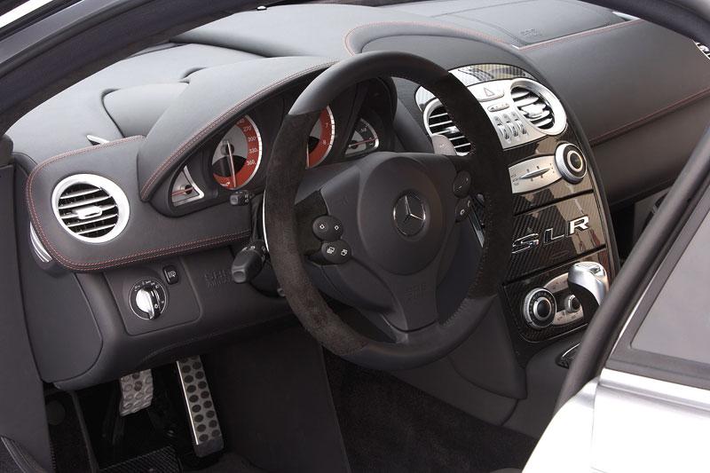 Mercedes a McLaren - každý na vlastním písečku: - fotka 7