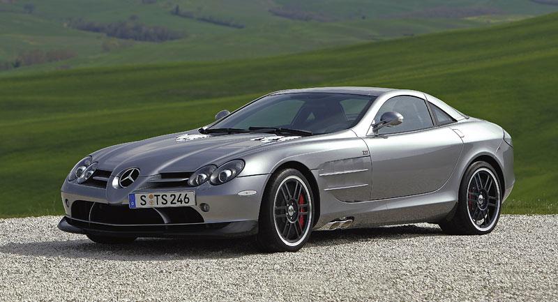 Mercedes a McLaren - každý na vlastním písečku: - fotka 18