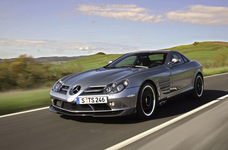 Mercedes a McLaren - každý na vlastním písečku: - fotka 19