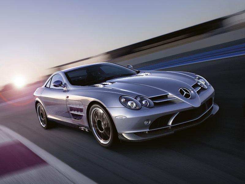 Mercedes a McLaren - každý na vlastním písečku: - fotka 23