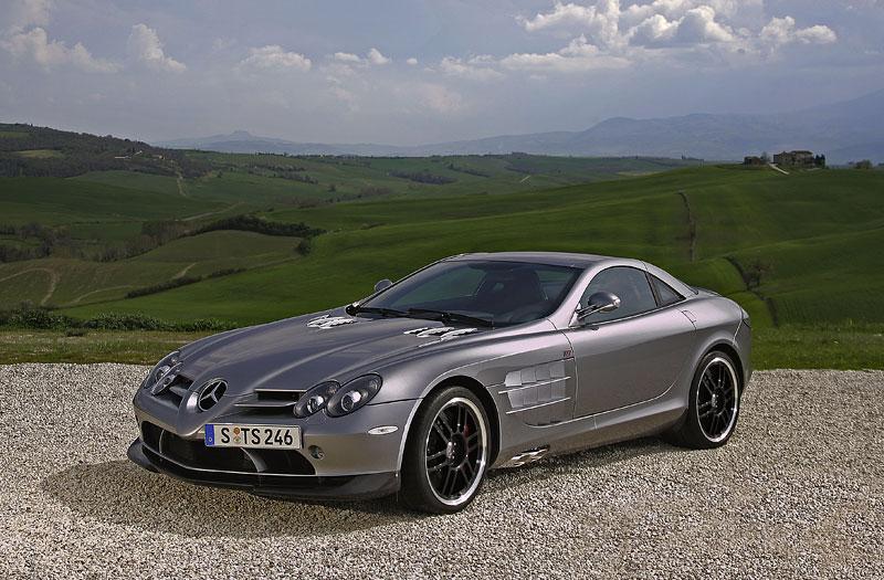 Mercedes a McLaren - každý na vlastním písečku: - fotka 24