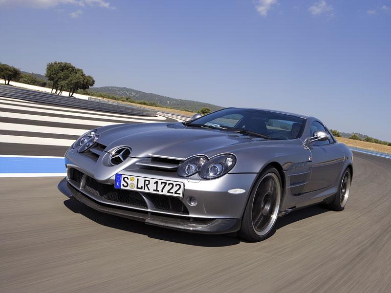 Mercedes a McLaren - každý na vlastním písečku: - fotka 25