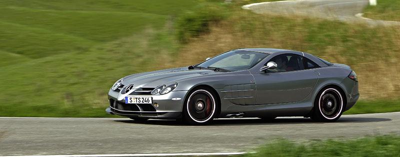 Mercedes a McLaren - každý na vlastním písečku: - fotka 27