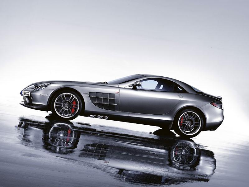 Mercedes a McLaren - každý na vlastním písečku: - fotka 28