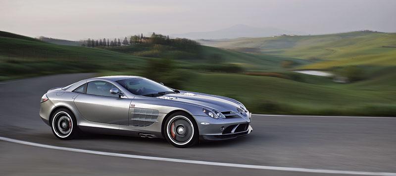 Mercedes a McLaren - každý na vlastním písečku: - fotka 32
