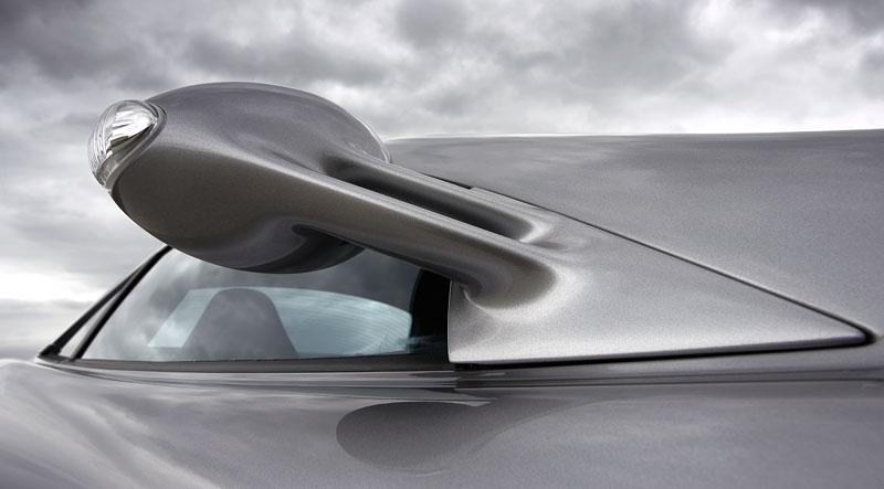 Mercedes a McLaren - každý na vlastním písečku: - fotka 40