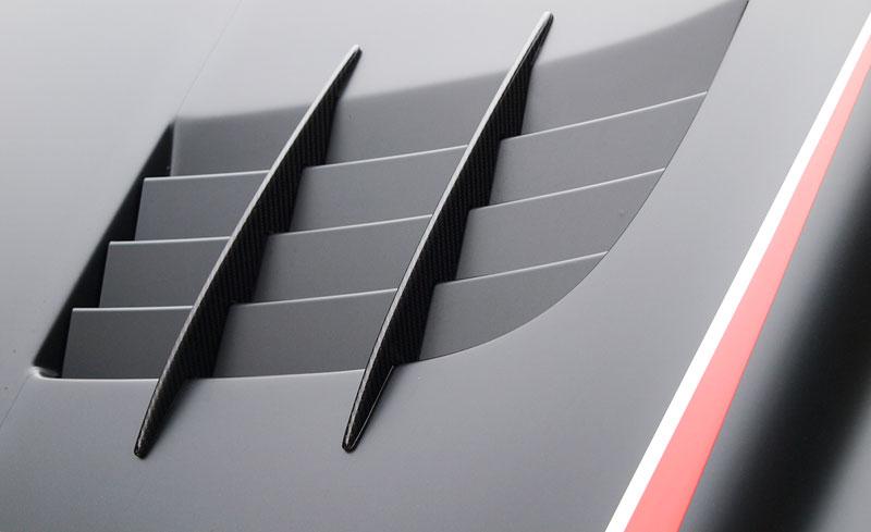 Edo Competition Black Arrow: vylepšený Mercedes-Benz SLR McLaren: - fotka 33