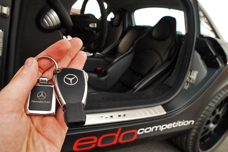 Edo Competition Black Arrow: vylepšený Mercedes-Benz SLR McLaren: - fotka 35