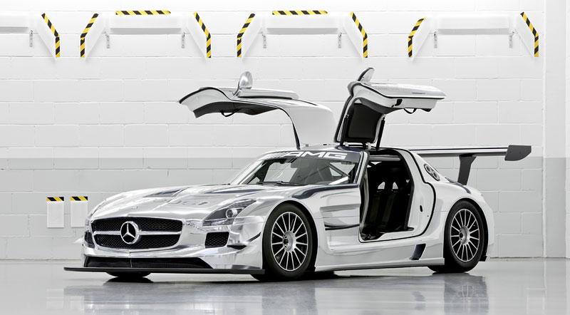 Mercedes-Benz SLS AMG GT3: speciál už zná svou cenu: - fotka 20