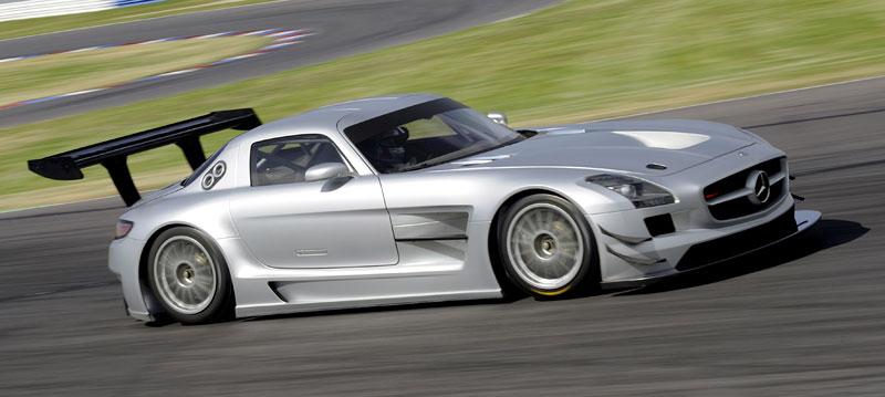 Mercedes-Benz SLS AMG GT3: speciál už zná svou cenu: - fotka 31