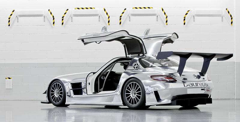 Mercedes-Benz SLS AMG GT3: speciál už zná svou cenu: - fotka 33