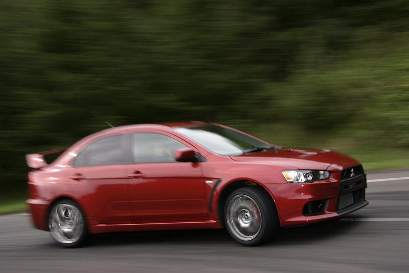 Nominace na Mezinárodní motor roku 2008: - fotka 50