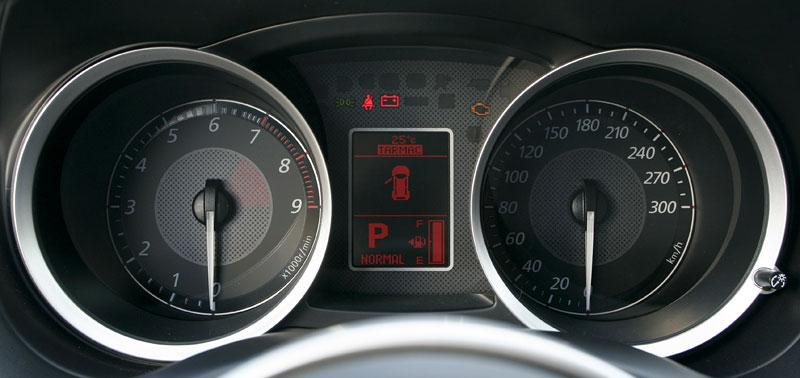Za volantem: Mitsubishi Lancer Evolution TC-SST: - fotka 2