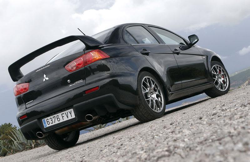 Za volantem: Mitsubishi Lancer Evolution TC-SST: - fotka 24