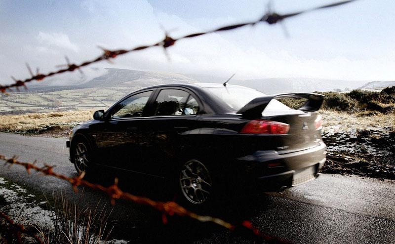 Akční snímky Mitsubishi Lancer Evo X: - fotka 23